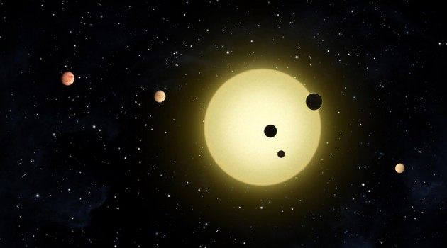 Image right: An artist's conception of the Kepler-11 system of six planets. (Image NASA/Kepler)