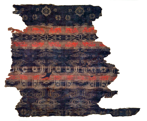 Image right: Chinese silk textile from the Warring States period (475-221 B.C.) (Metropolitan Museum of Art, www.metmuseum.org)