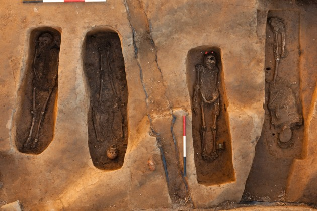 A team of scientists used multiple lines of evidence, including archaeology, skeletal analyses, chemical testing, 3-D technology and genealogical research, to single out the names of the four men who died at Jamestown from 1608 through 1617. (Photo by Donald Hurlbert)