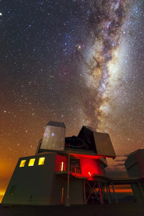 The Magellan Clay Telescope at the Las Campanas Observatory in Chile (Photo by Igor Chilingarian)