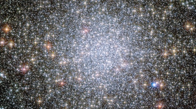 Globular star clusters like this one, 47 Tucanae, might be excellent places to search for interstellar civilizations. Their crowded nature means intelligent life at our stage of technological advancement could send probes to the nearest stars. (Image courtesy NASA, ESA, and the Hubble Heritage Team)