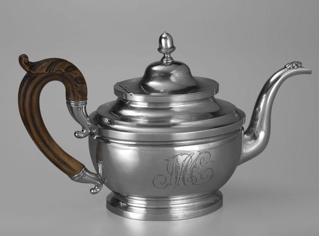 Bentzon teapot
