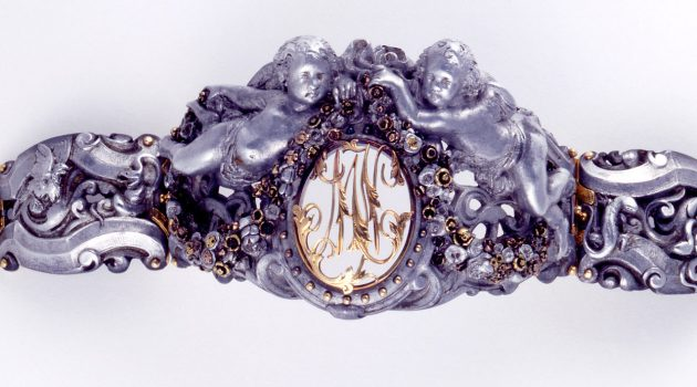 Bracelet (France), ca. 1860; Attributed to Honoré-Séverin Bourdoncle (French, 1823–1893); aluminum, gold, brass; Cooper Hewitt, Smithsonian Design Museum. Bequest of Raizel Halpin and Dora Jane Janson, in honor of their great friendship and shared love of antique jewelry, 2003-20-1.
